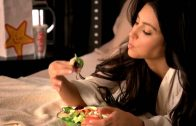 Kardashian Carl's Jr. Commercial – Social Media Endorsement